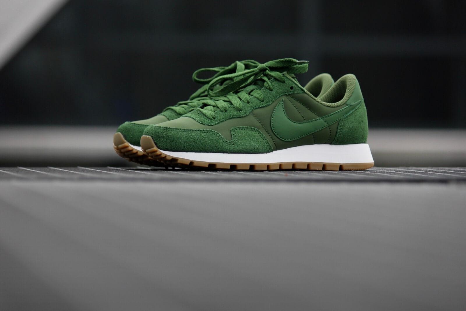 Nike Air Pegasus '83 Forest Green