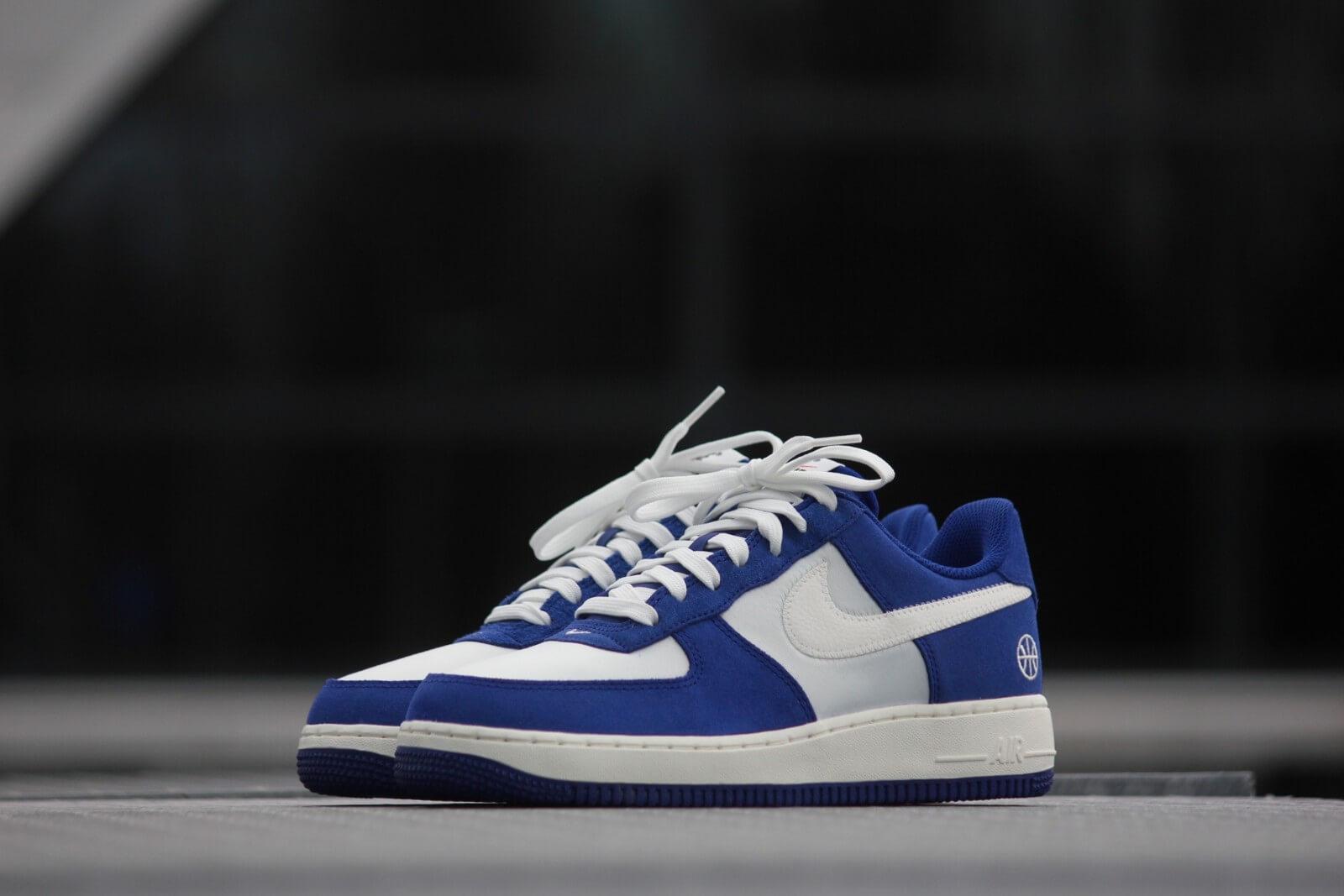 Nike Air Force 1 07 Deep Royal Blue Sail Phantom