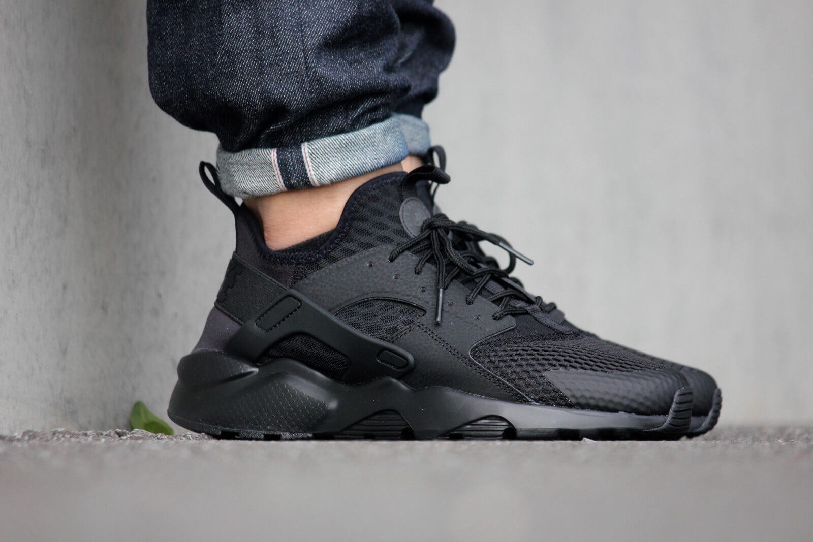 nike air huarache ultra black