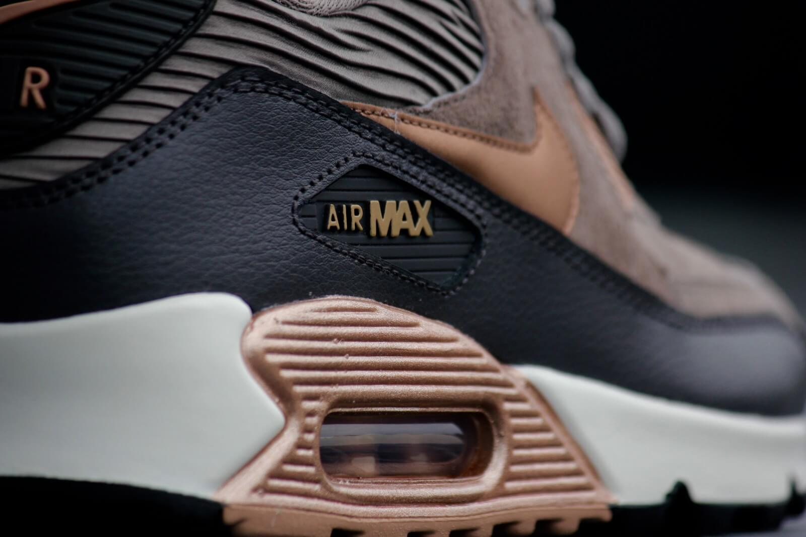 Nike Air Max 90 LTR Iron Metallic