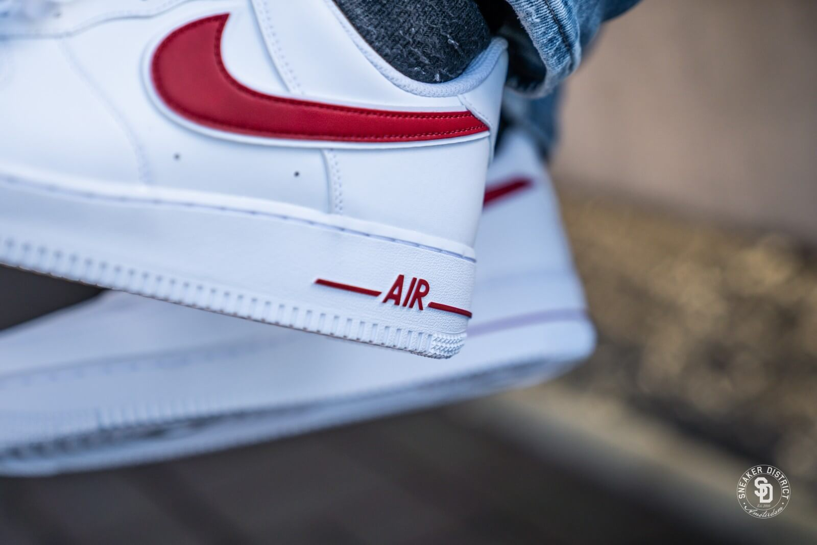 Nike Air Force 1 07 3 White Gym Red Ao2423 102