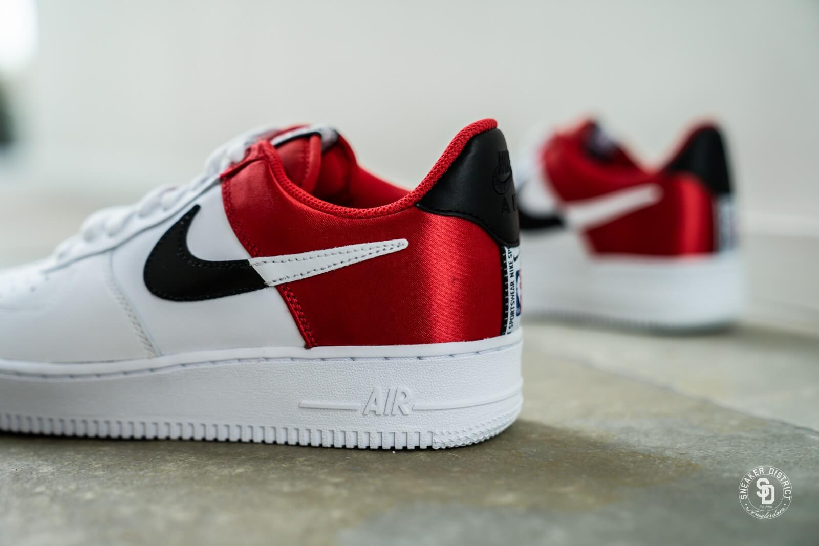 Nike Air Force 1 '07 LV8 University Red