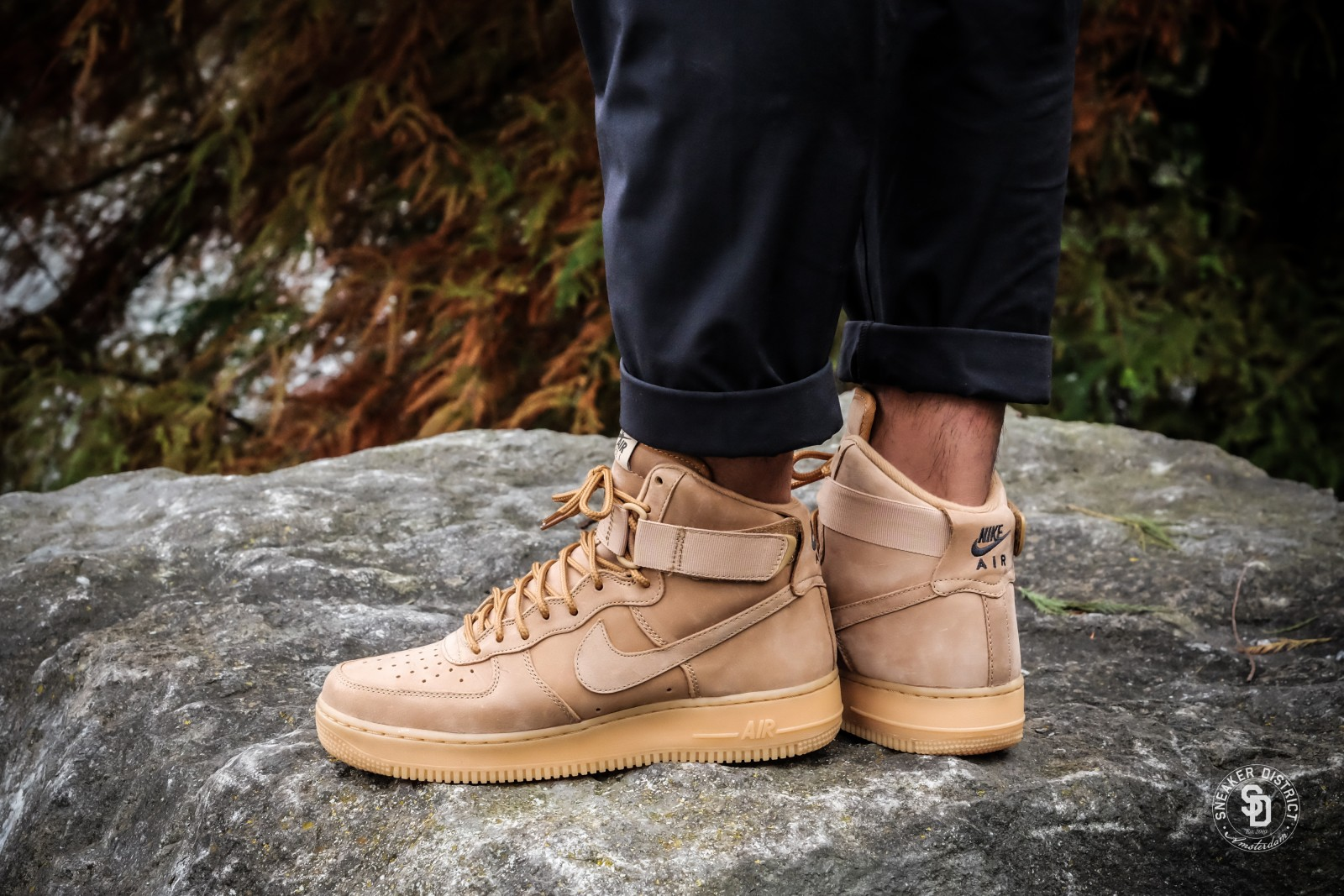 on sale b1ffc 49a8a ... Nike Air Force 1 High 07 LV8 FlaxOutdoor Green-Gum Online sneaker store  Sneaker District ...