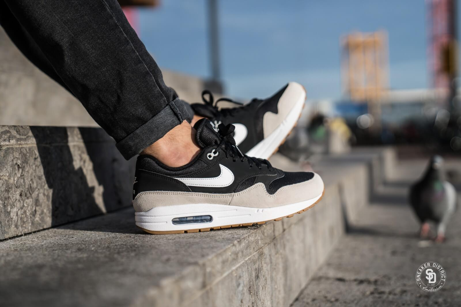 Nike Air Max 1 Black White Light Bone Ah8145 009