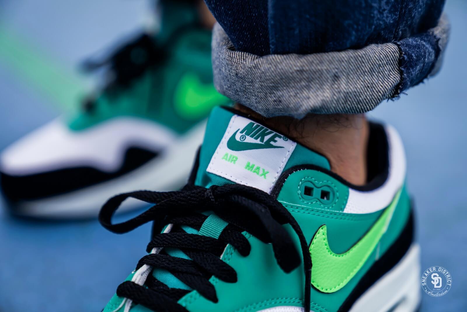 save off 6acea 63d71 france 2015 shoes women nike air max deep blue green 7fa72 9bfb9  discount  code for nike air max 1 white green strike neptune green 27087 5e5d9