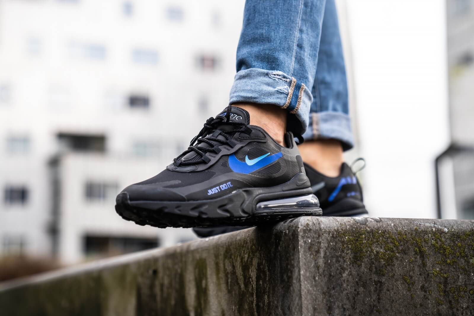 Médico Oponerse a Alérgico  Nike Air Max 270 React Black/Blue Hero-Hyper Royal - CT2203-001