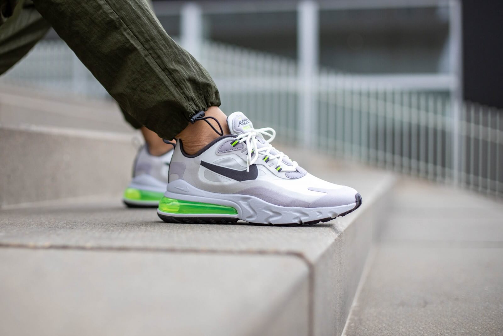 Nike Air Max 270 React Summit WhiteElectric Green CI3866 100