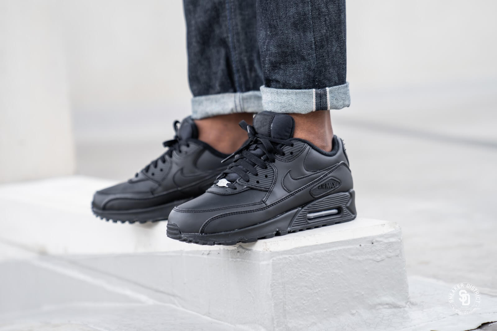 Nike Air Max 90 Leather BlackBlack 302519 001
