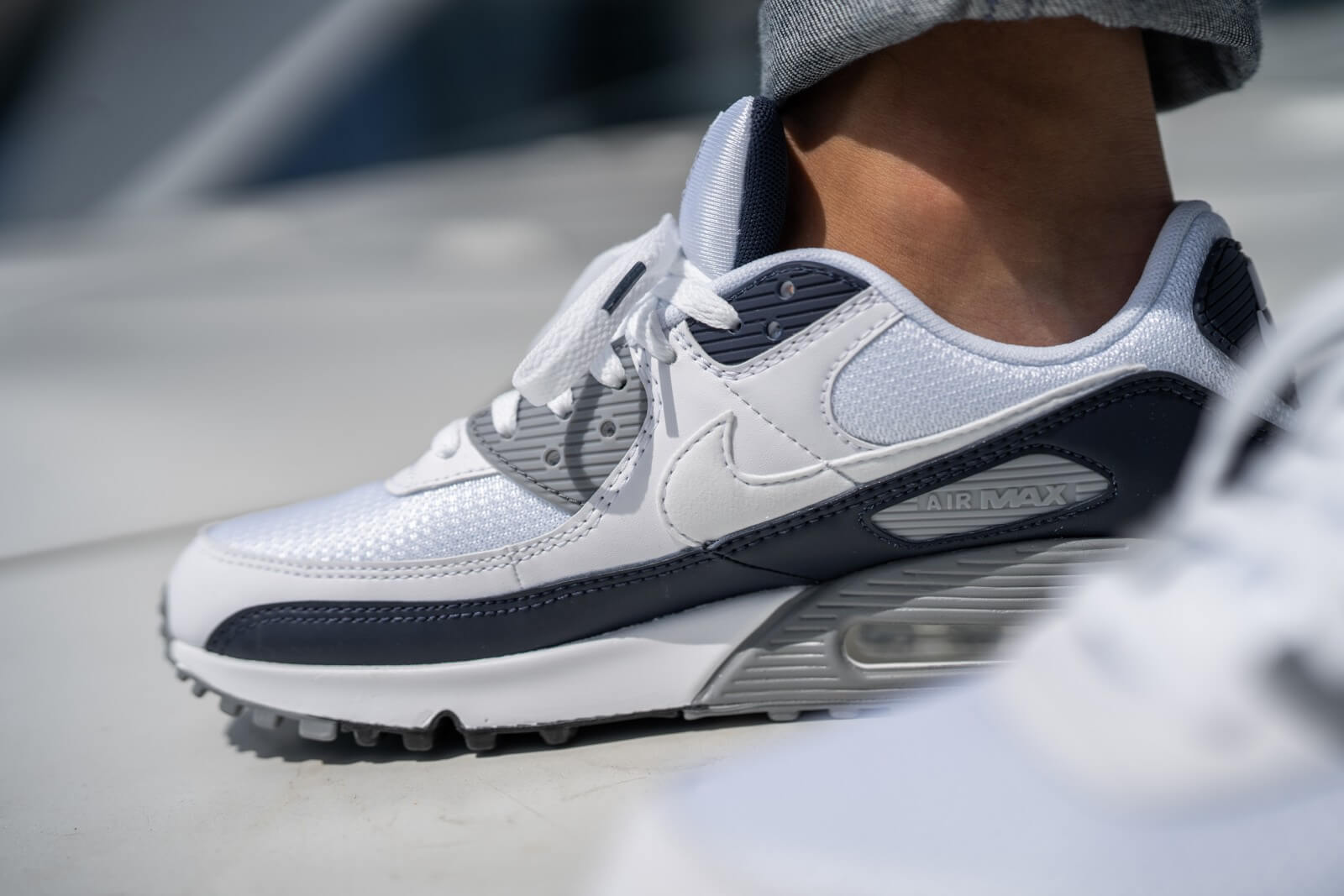 Nike Air Max 90 WhiteParticle Grey Obsidian CT4352 100