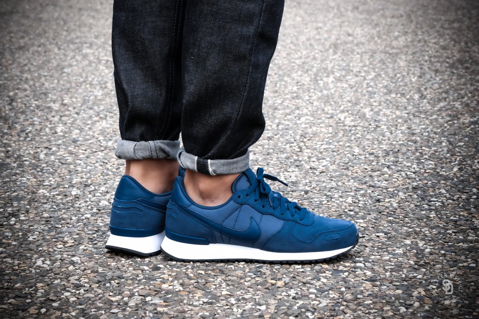 Nike Air Vortex Leather NavyWhite Black | Heren sneakers | Sneaker District