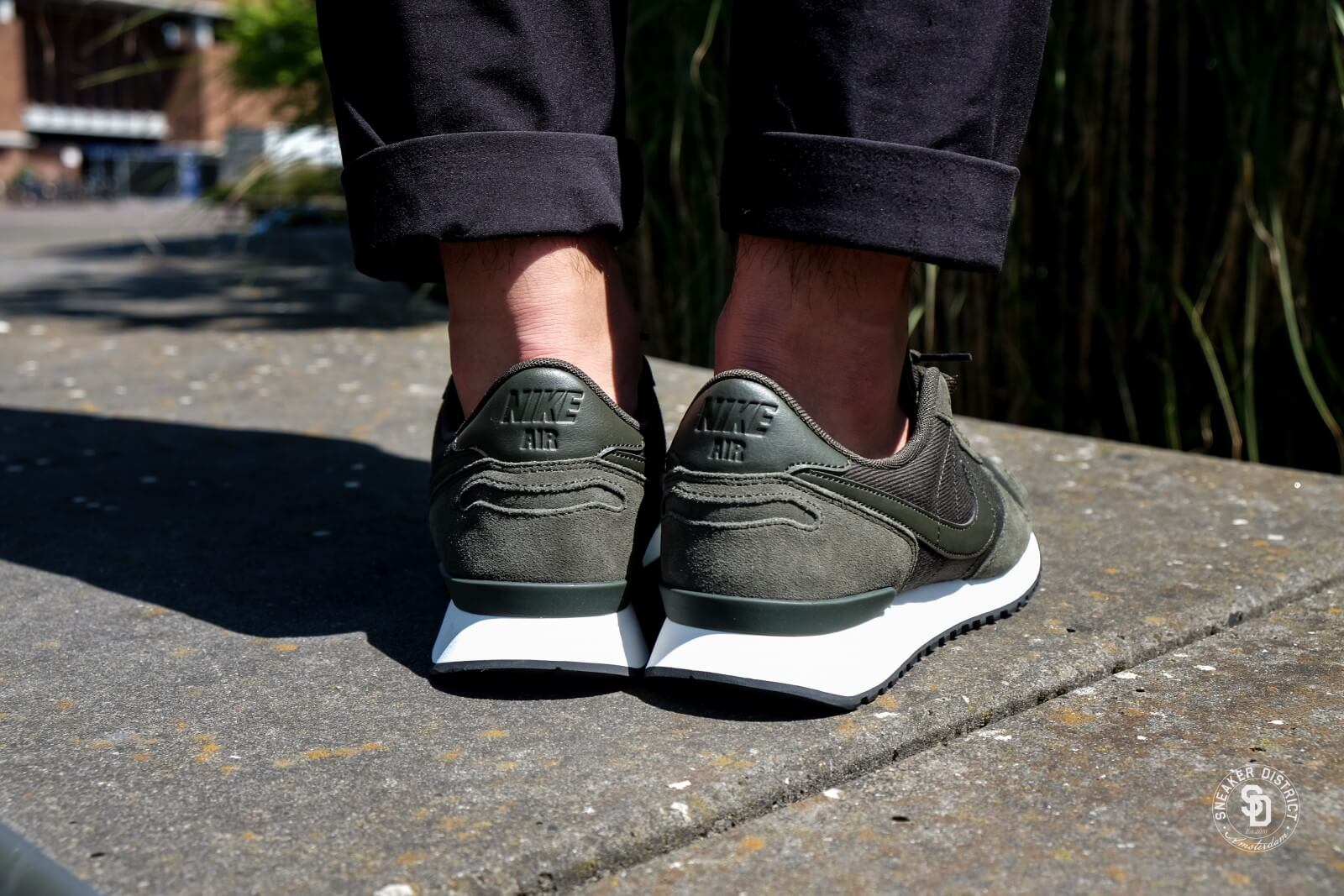 Non appropriato Partenza il male  Nike Air Vortex Leather Sequoia/Sail-Black - 918206-303