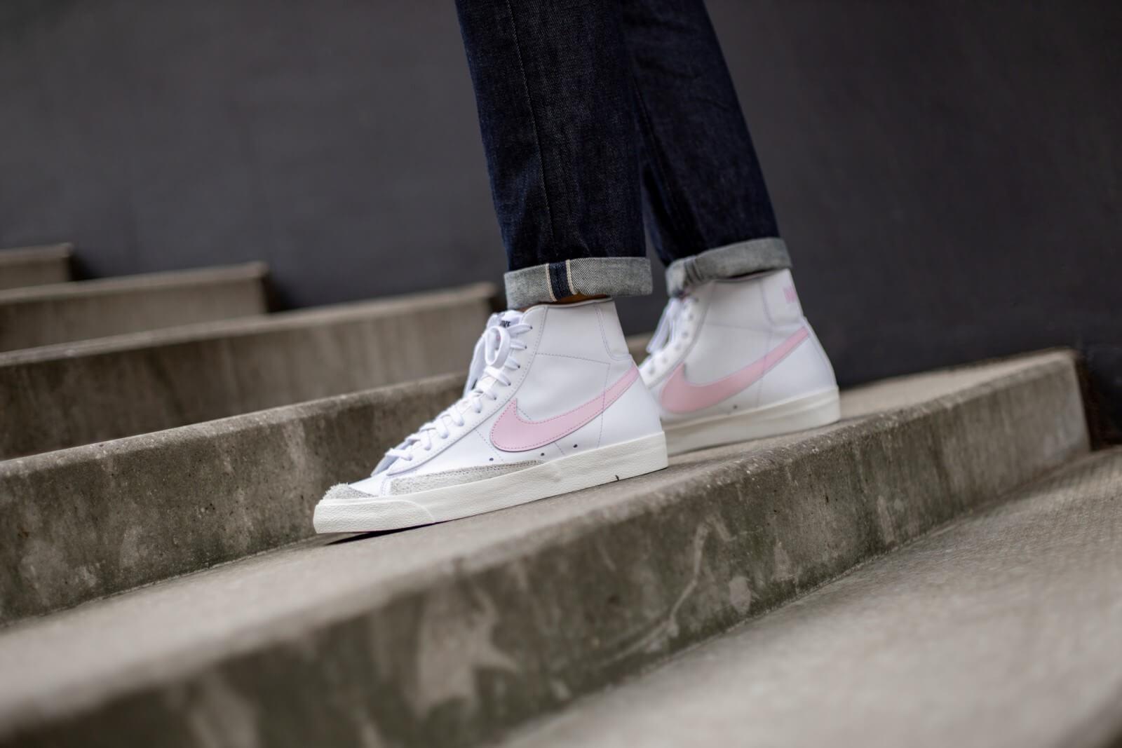 Nike Blazer Mid '77 Vintage White/Pink Foam