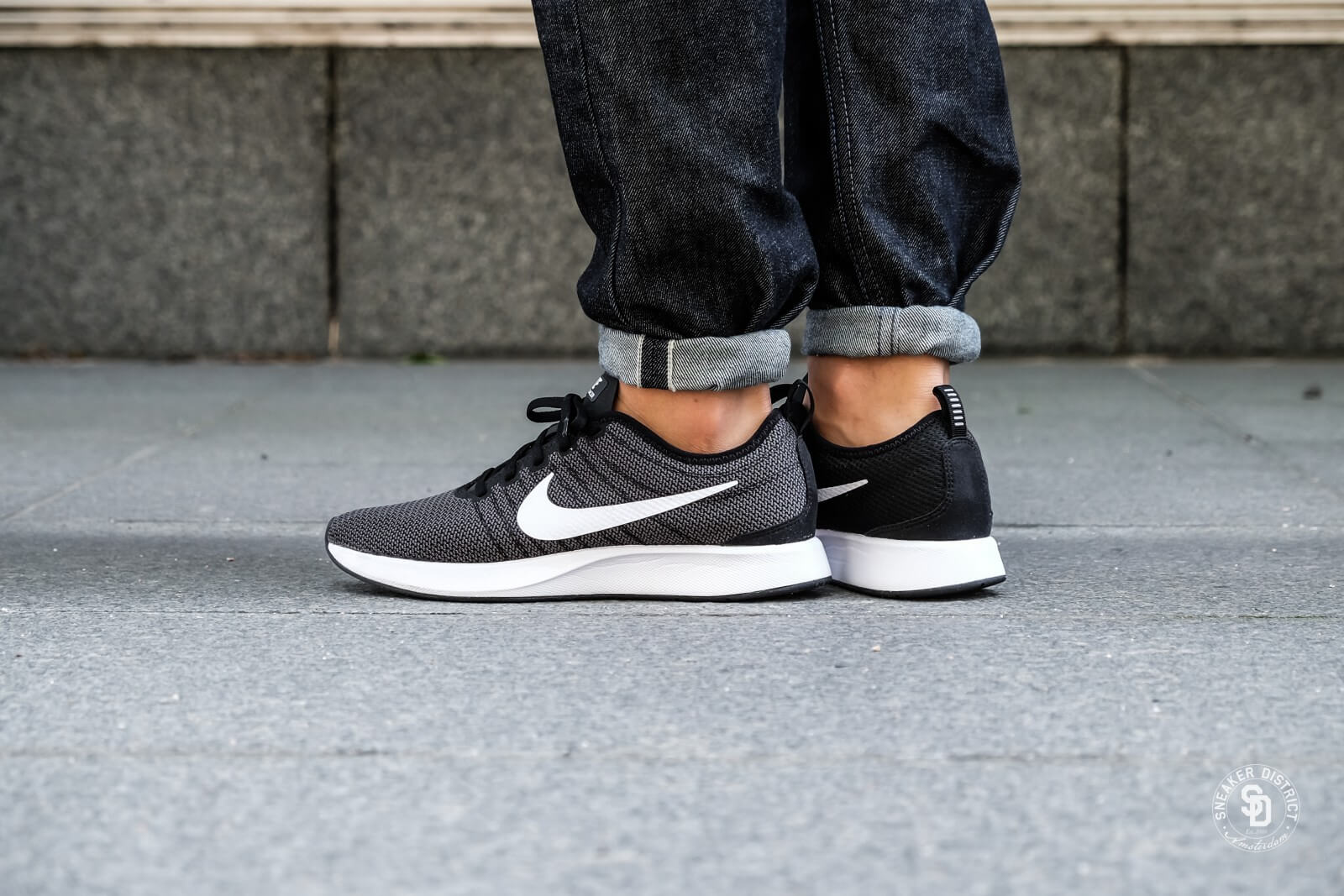 Nike Dualtone Racer BlackWhite Dark Grey 918227 002