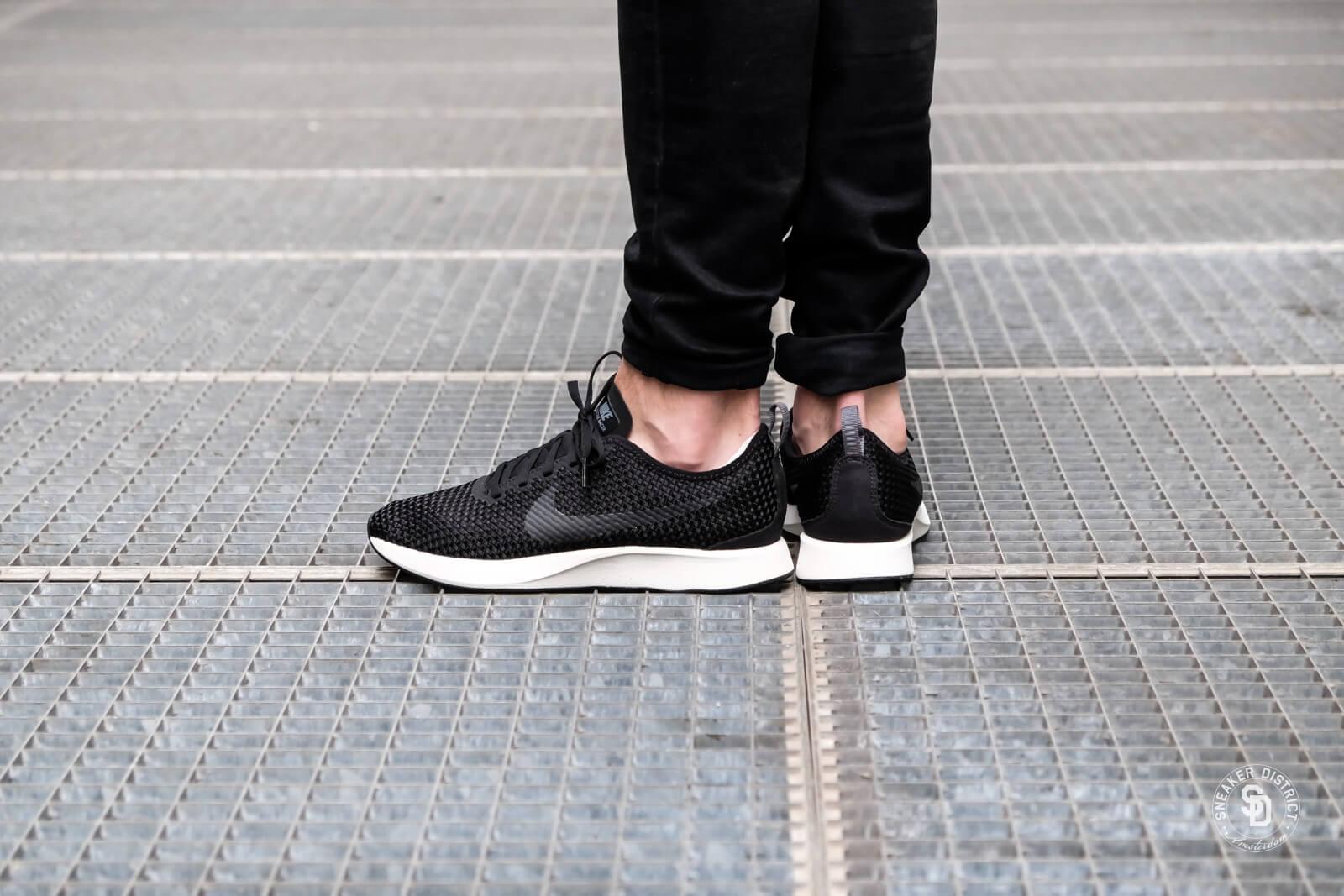 Nike Dualtone Racer SE Black/Dark Grey