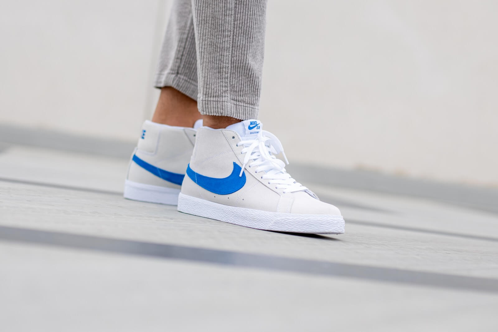 Nike SB Zoom Blazer Mid WhiteTeam Royal Cerulean 864349 104
