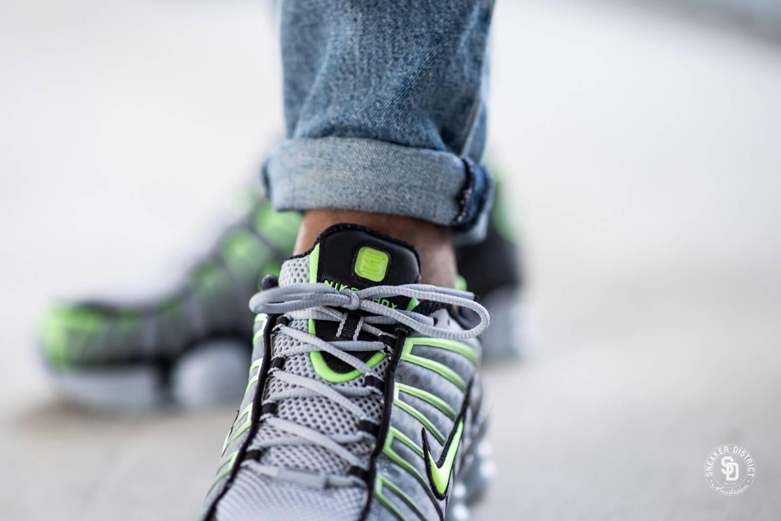 selva los padres de crianza Rápido  Nike Shox TL Wolf Grey/Lime Blast-Black - AV3595-005
