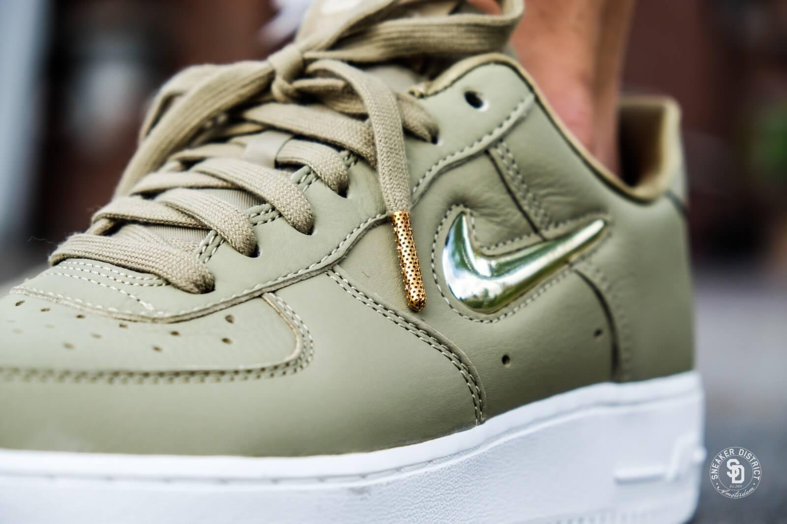 Nike Women's Air Force 1 '07 Premium LX Neutral Olive ...