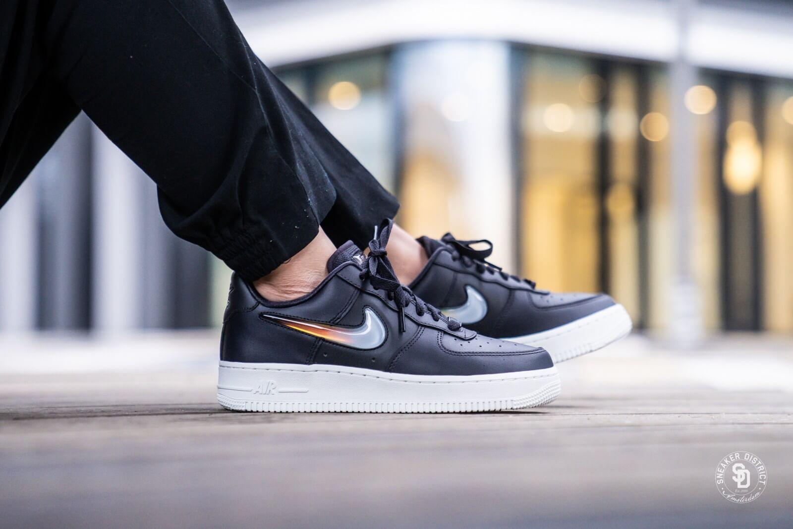 Goods Lab: NIKE AIR FORCE 1 OBSIDIAN Nike air force 1
