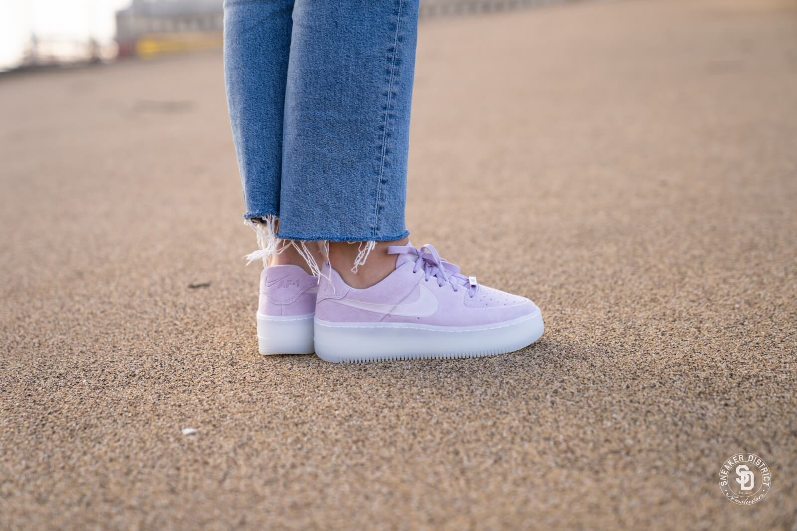 Nike Air Force 1 Sage Low LX Women's Shoe Nikecom | Nike