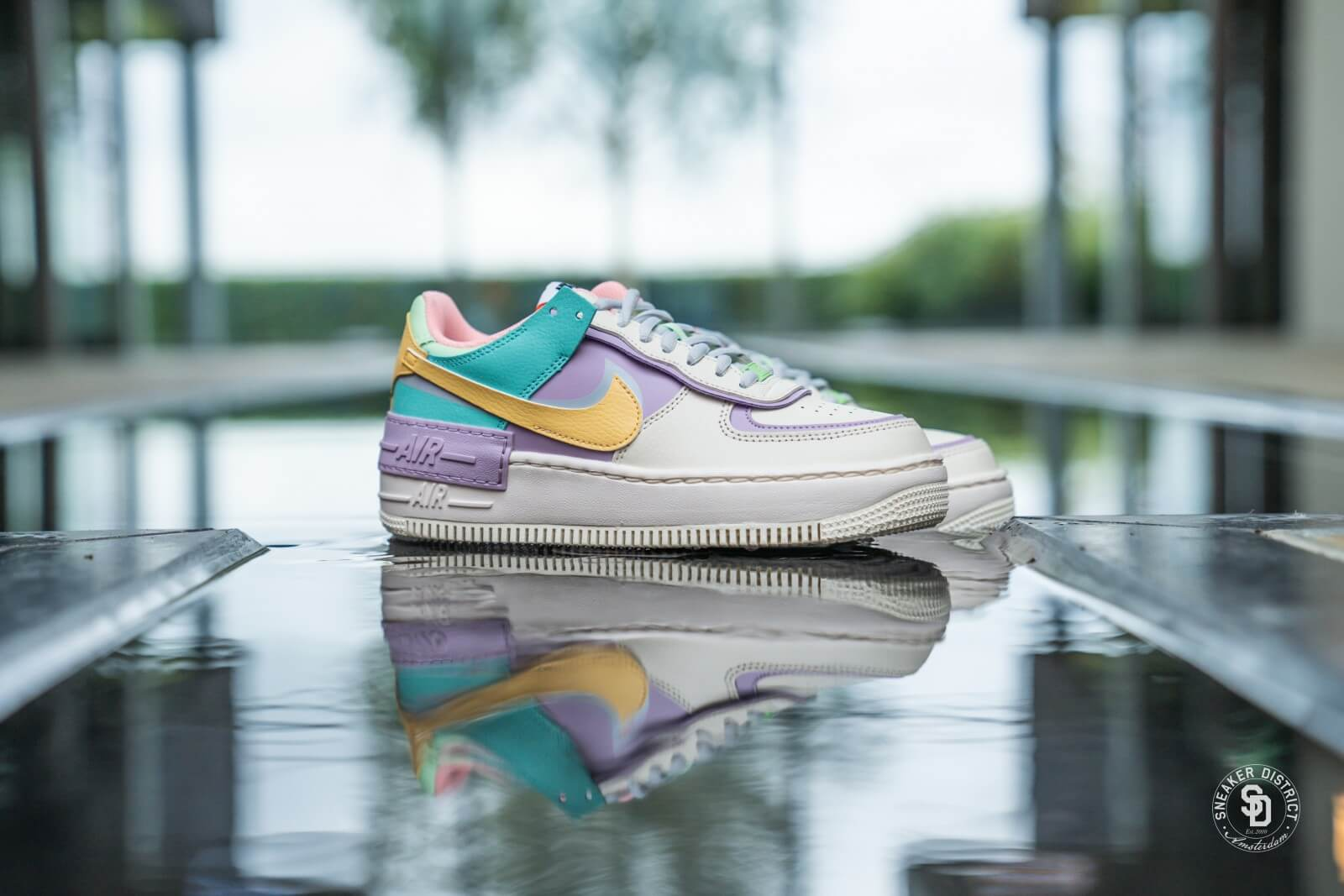 Nike Women's Air Force 1 Shadow Pale Ivory/Celestial Gold