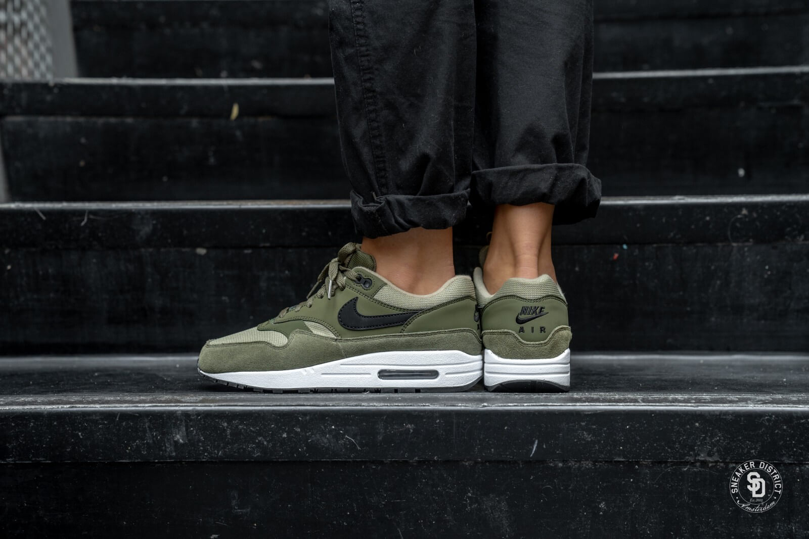 Nike Women's Air Max 1 Olive Canvas/Black-Neutral Olive