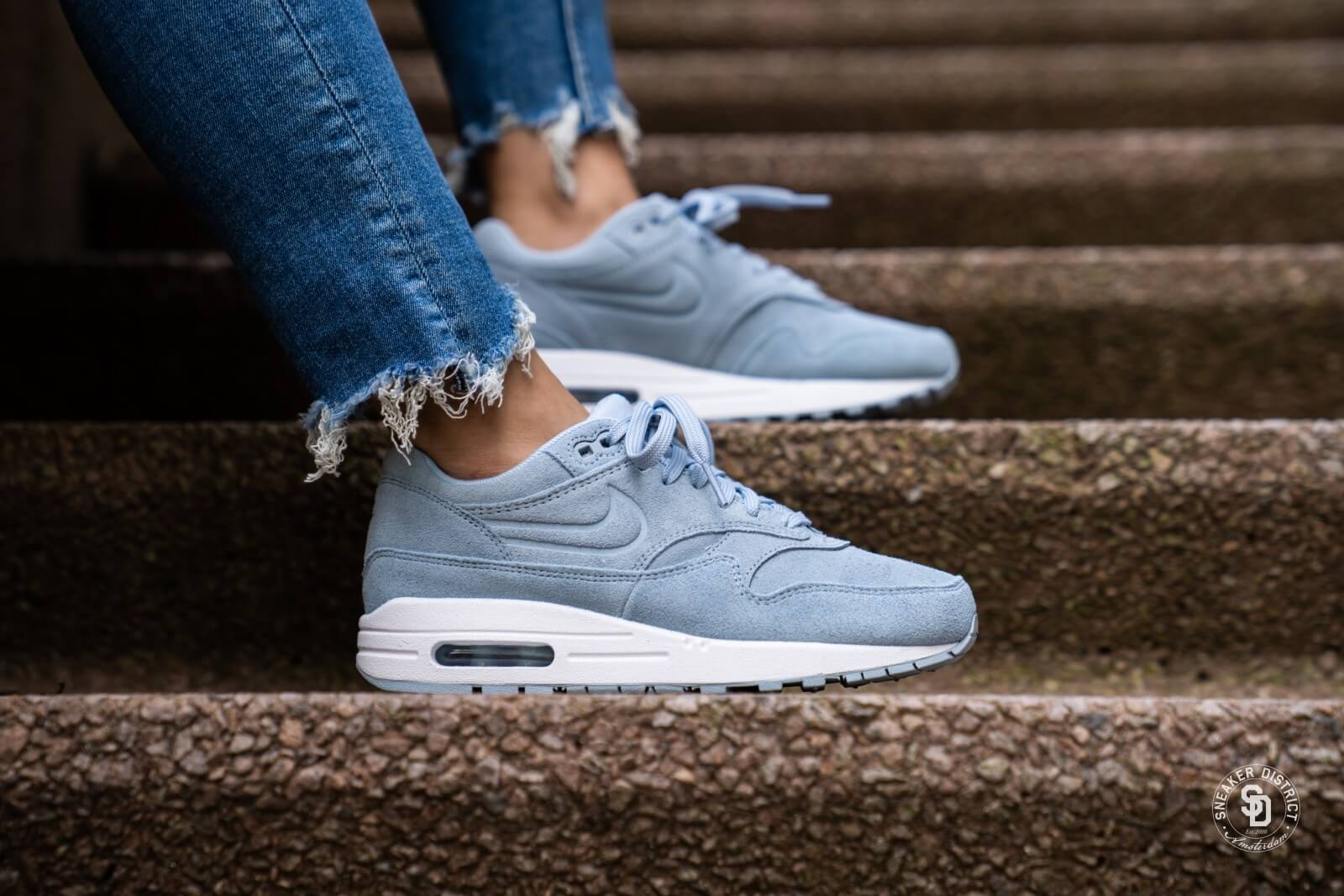 On Sale: Nike Air Max 1 Premium