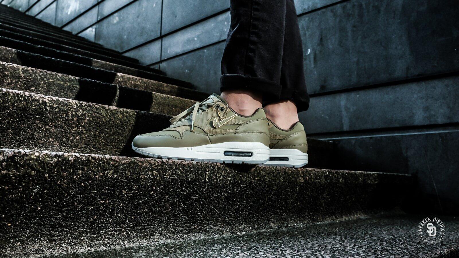 9a8b1d4a2e1bd7 ... Nike Womens Air Max 6a21819 1 Premium Neutral OliveMedium Olive  d131ab16 . ...