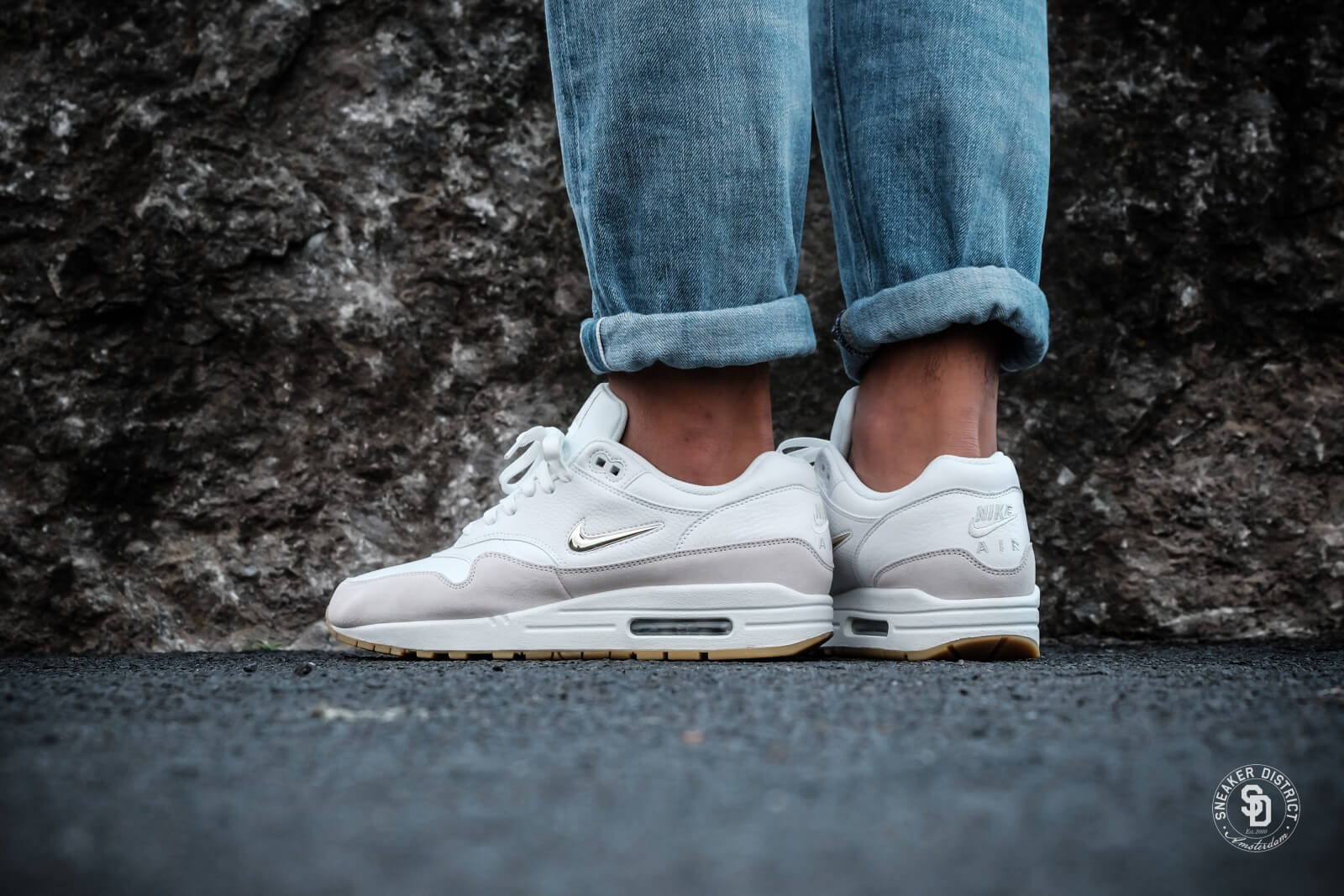 Nike WMNS Air Max 1 Premium SC Jewel Summit White/Metallic Gold