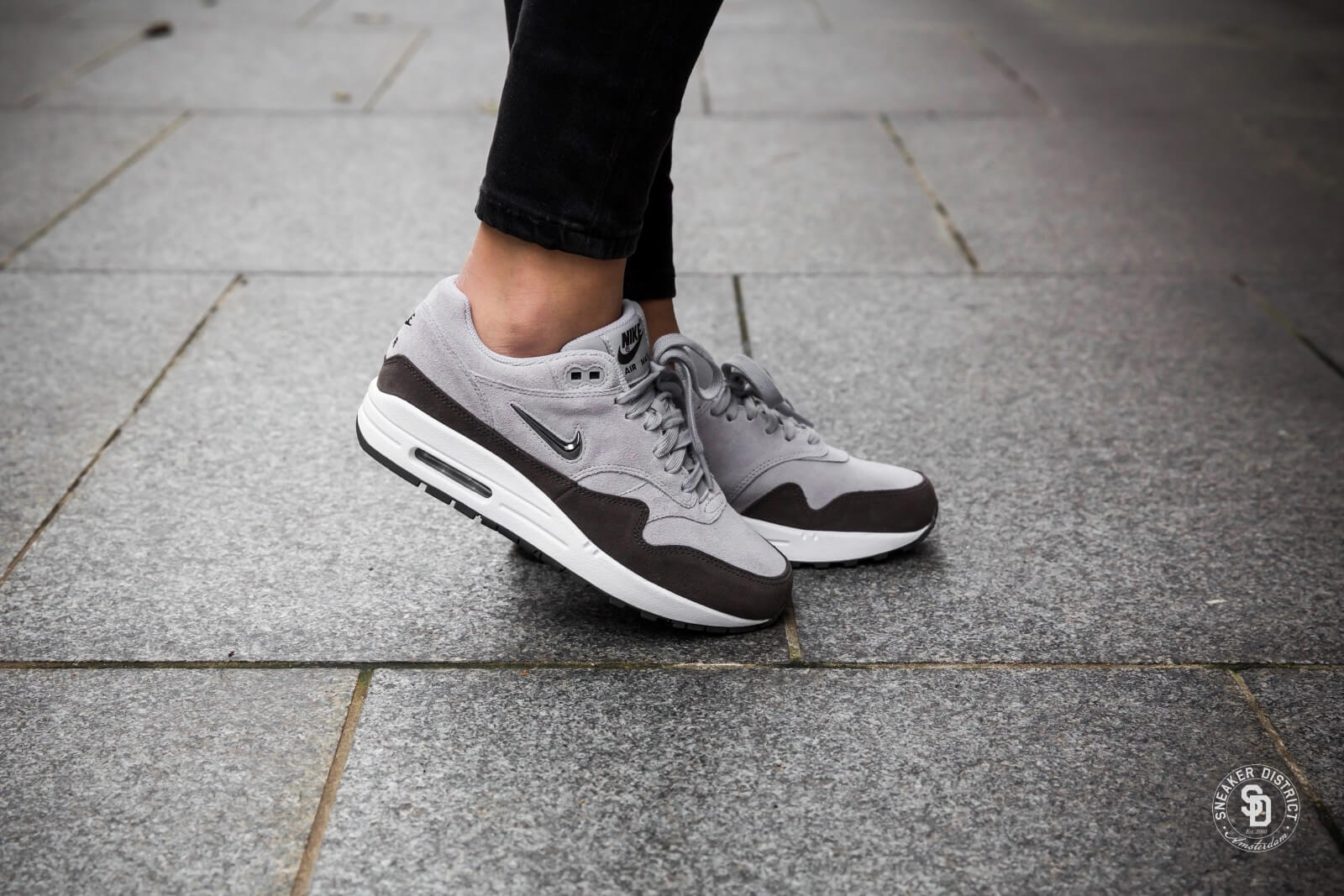 huge discount b838c 92882 ... discount code for nike womens air max 1 premium sc jewel wolf  greymetallic pewter dames sneakers