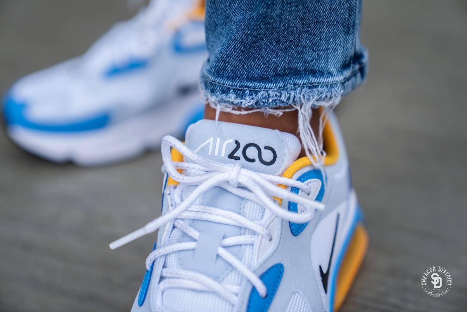 Nike Air Max 200 Sneakers WhiteBlackGym RedHalf Blue