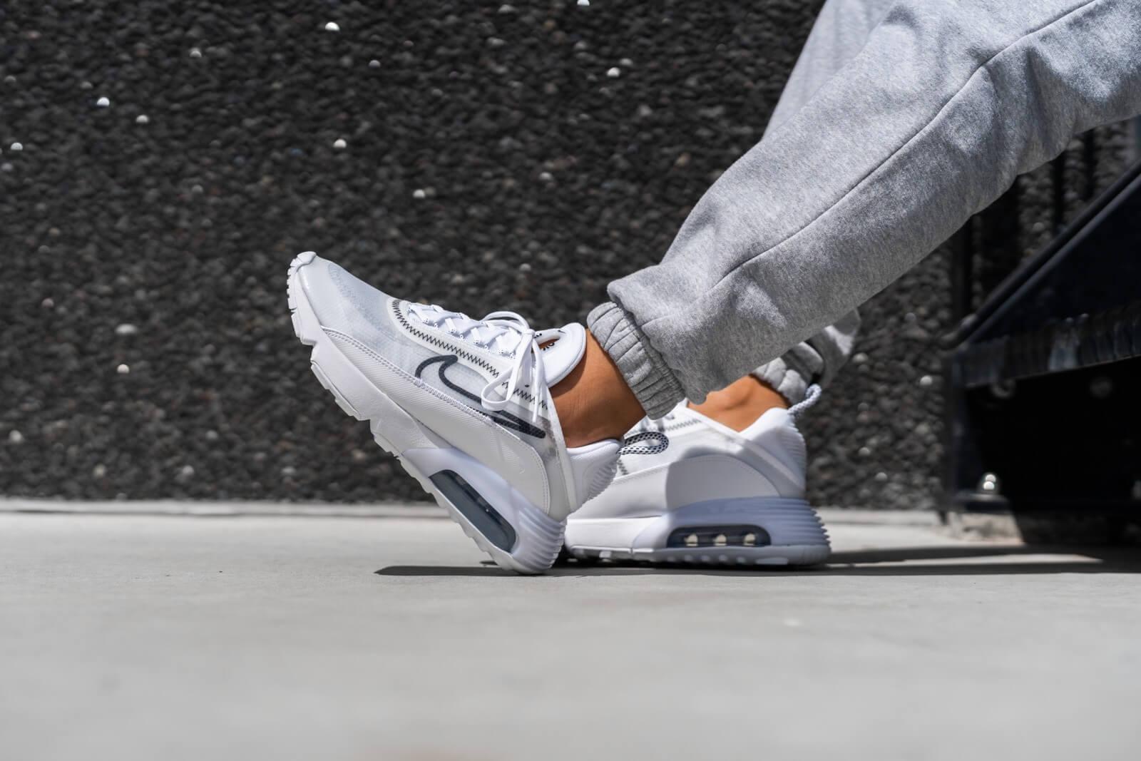 Nike Women's Air Max 2090 White/Black-Wolf Grey