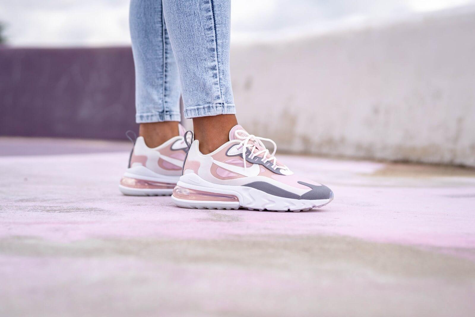 Nike Women's Air Max 270 React Plum Chalk/Summit White