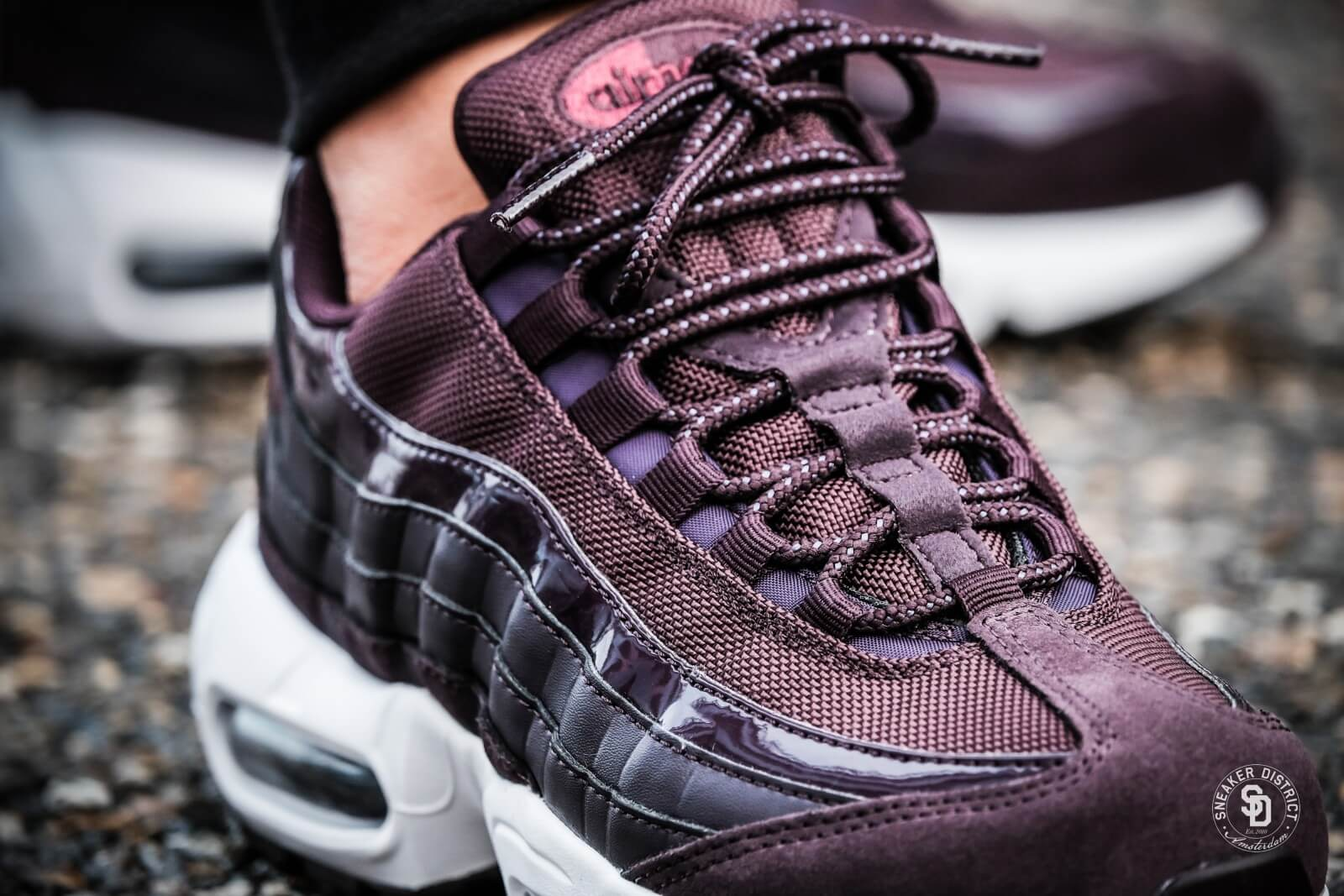 Nike Women's Air Max 95 Port Wine/Bordeaux-White