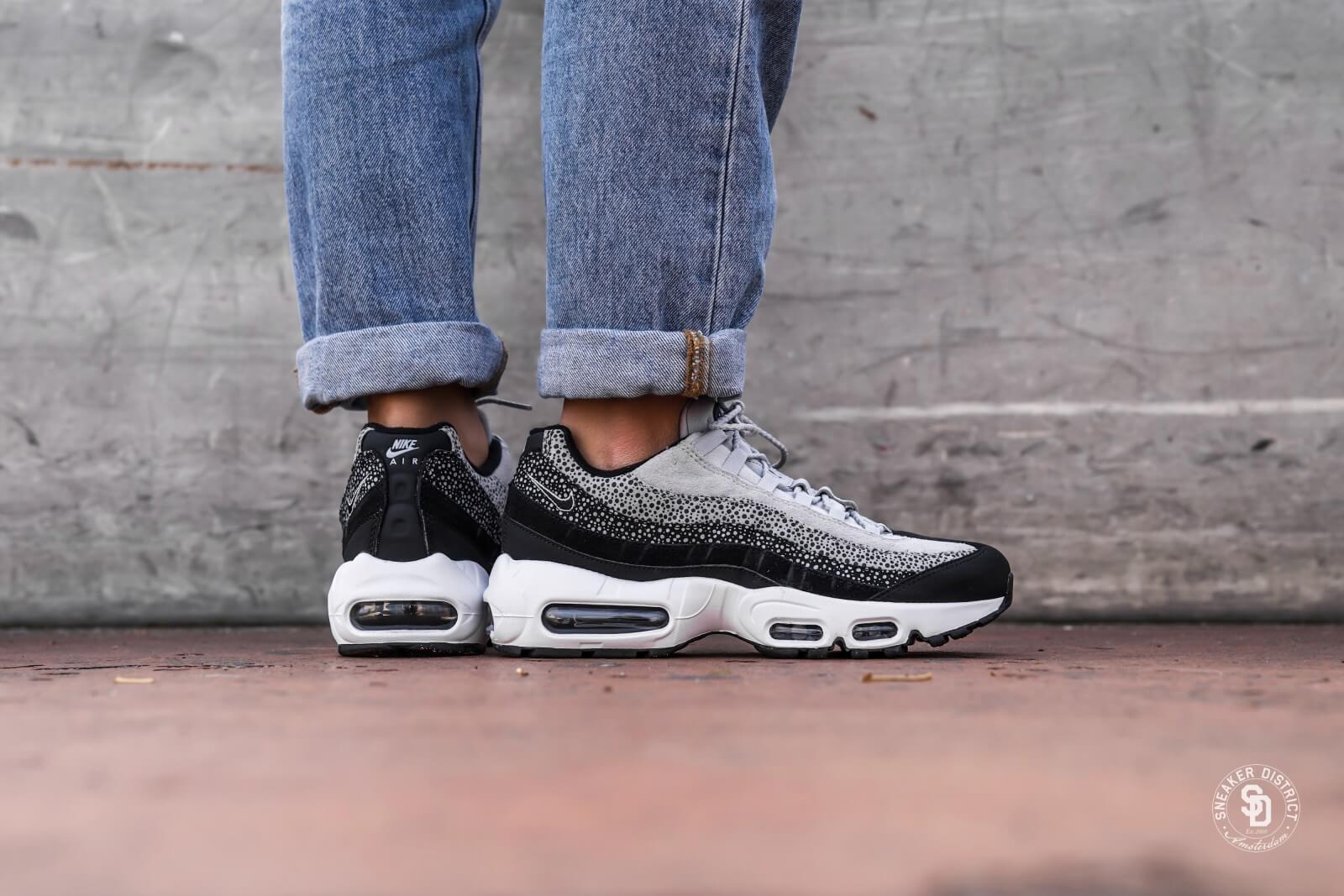 Nike Air Max 95 Premium   Black   Sneakers   538416 016
