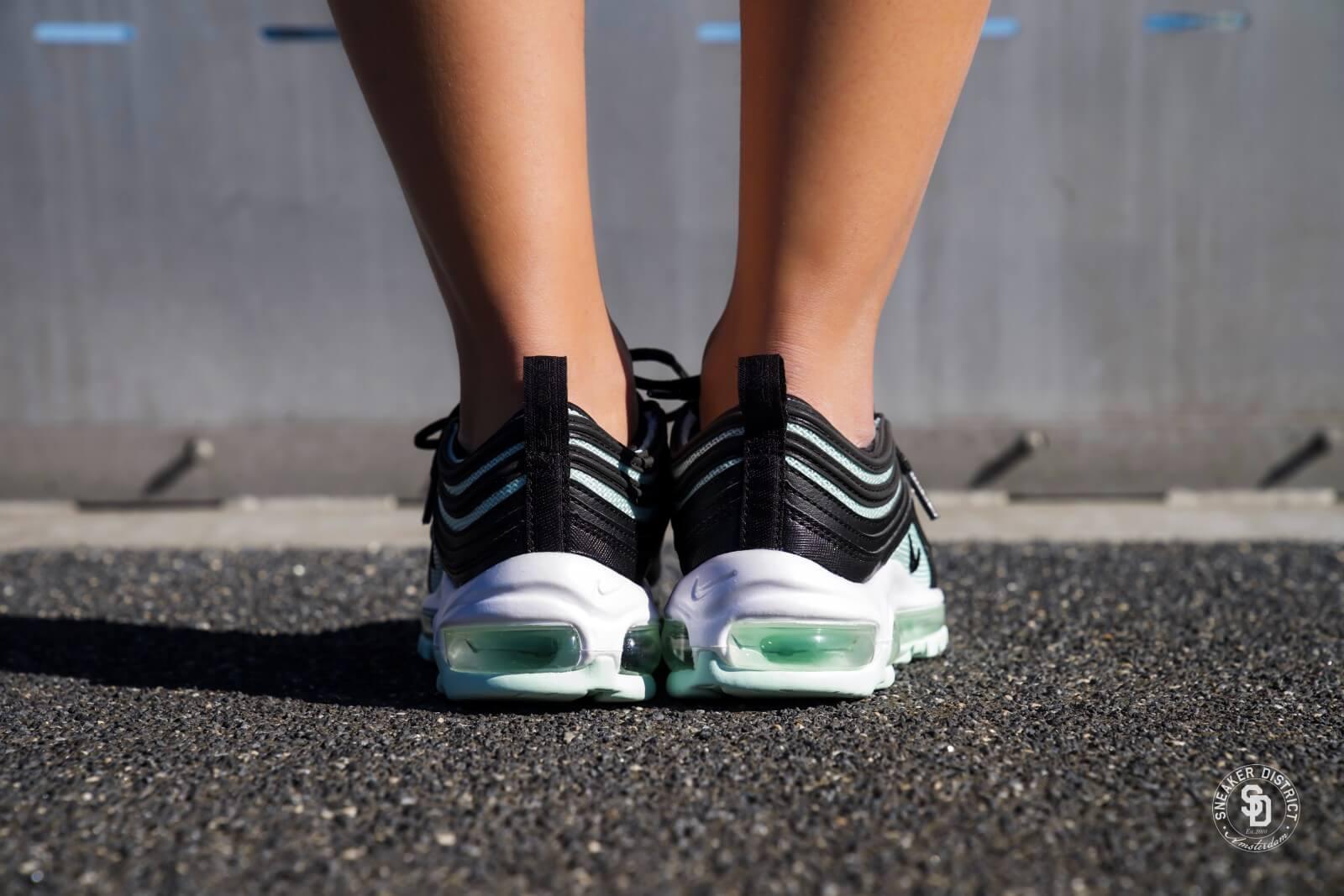 Nike W Air Max 97 Black Igloo White 921733 012 | Bruut