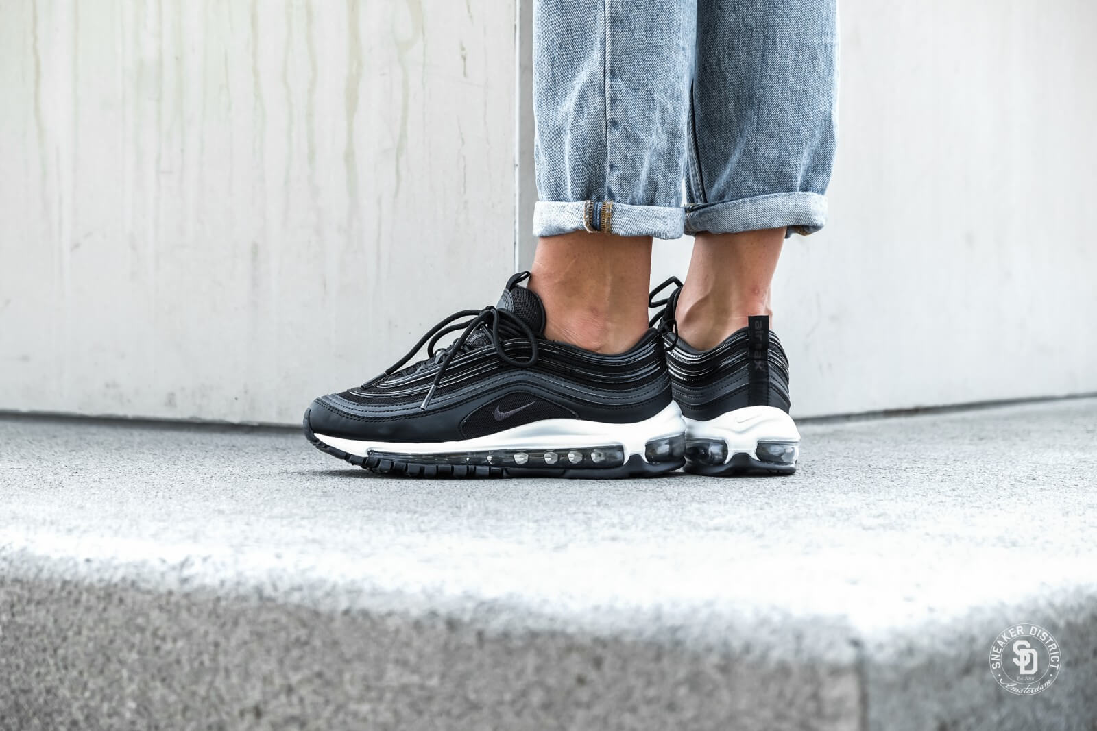 air max 97 black and white women