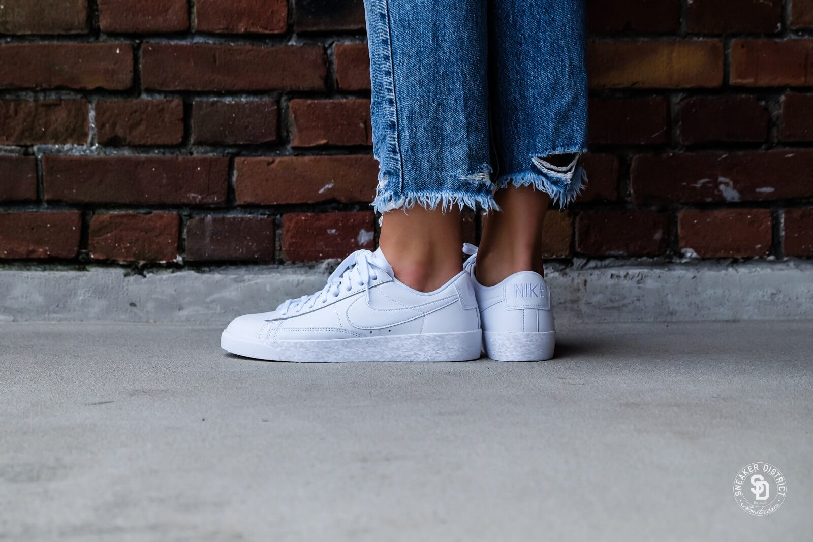Nike Women's Blazer Low White
