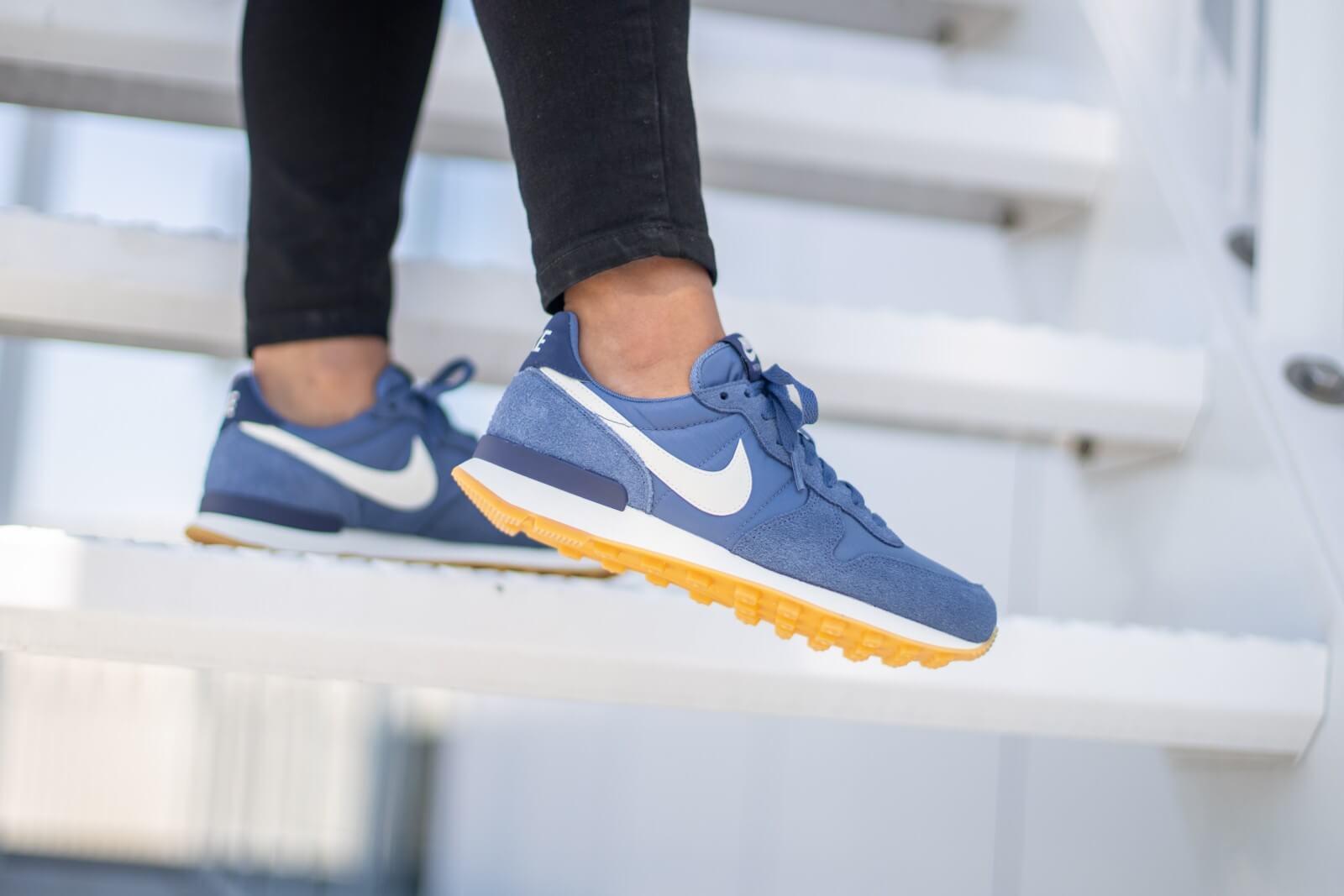 Nike Women's Internationalist Diffused Blue/Summit White - 828407-412