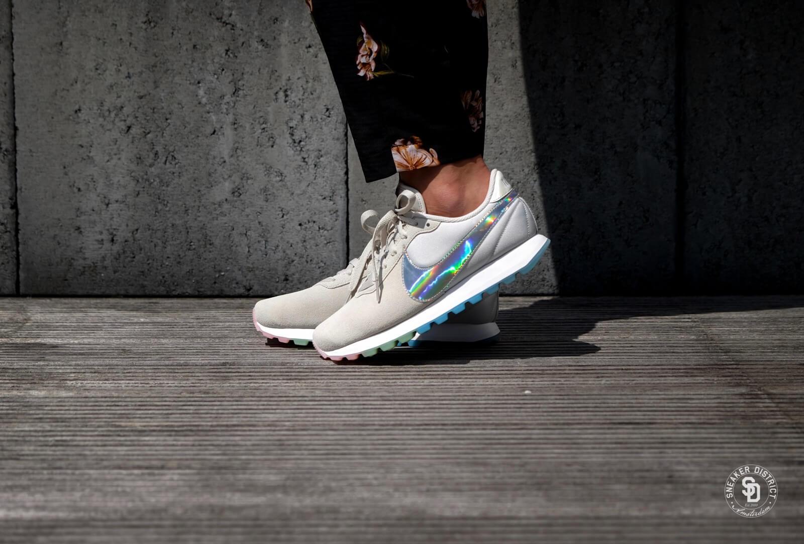 Nike Women's Pre-Love o.x. Summit White