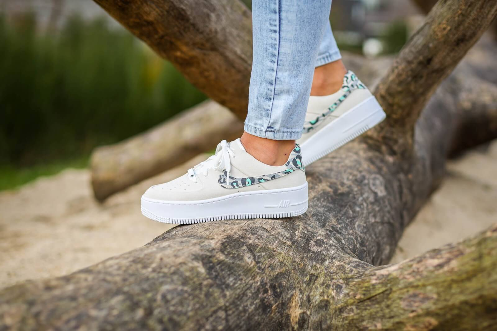 Nike Women's Air Force 1 Sage Low Leopard