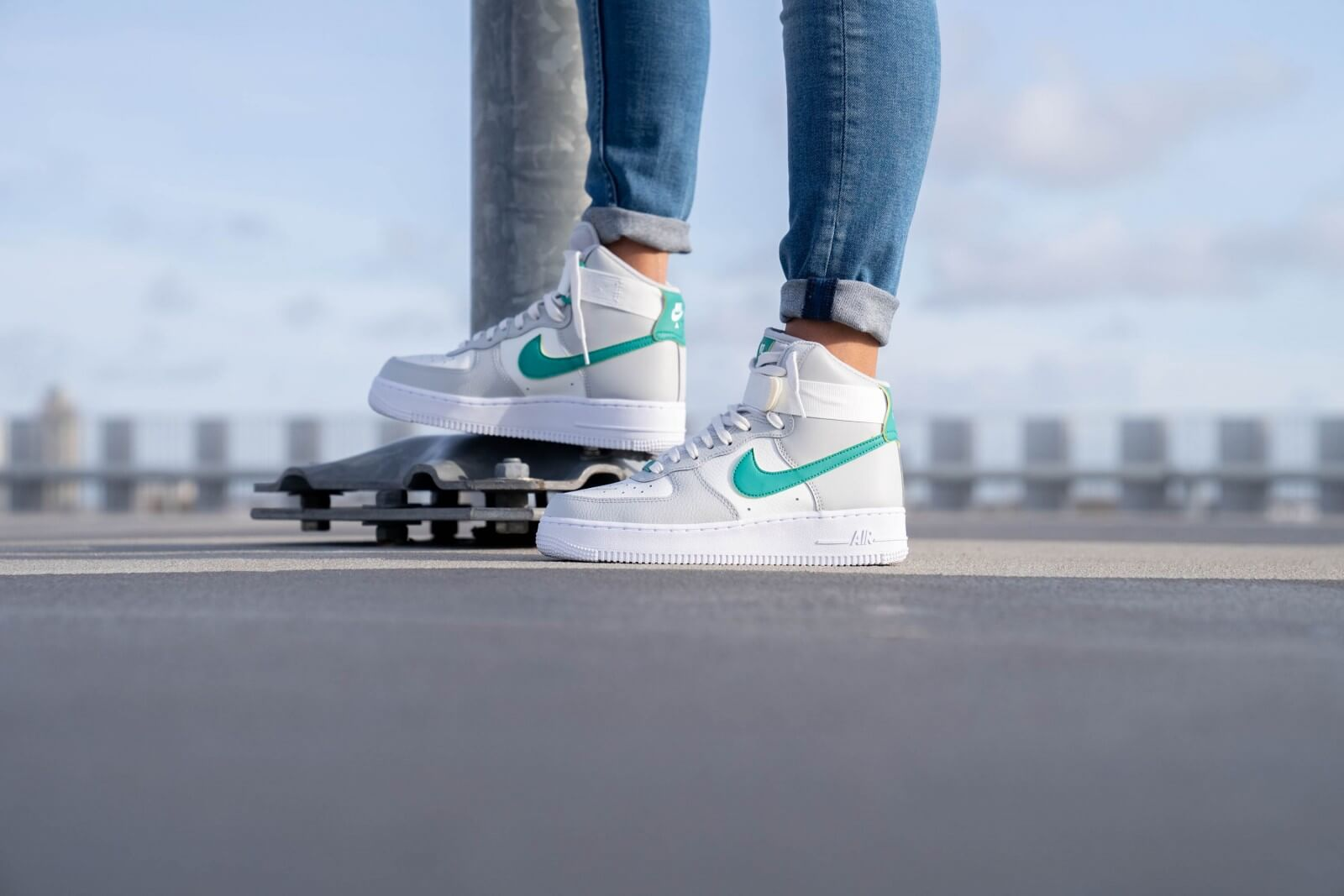 Nike Women S Air Force 1 High Grey Fog Neptune Green 334031 015