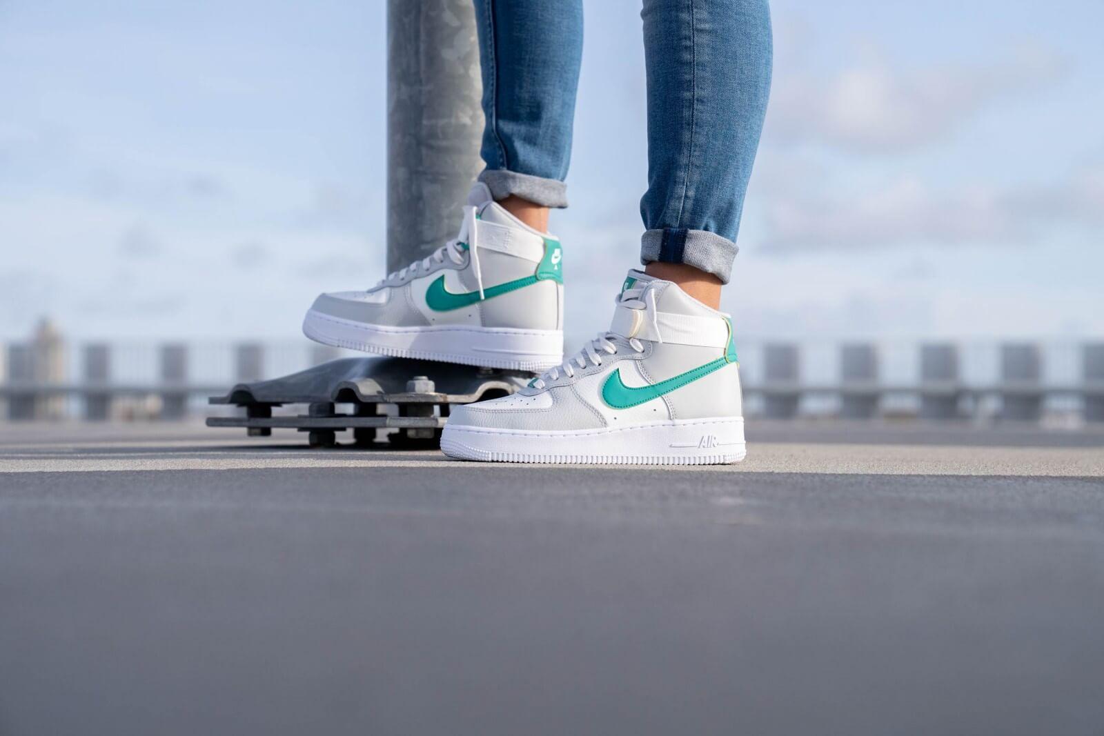 Nike Women's Air Force 1 High Grey Fog/Neptune Green