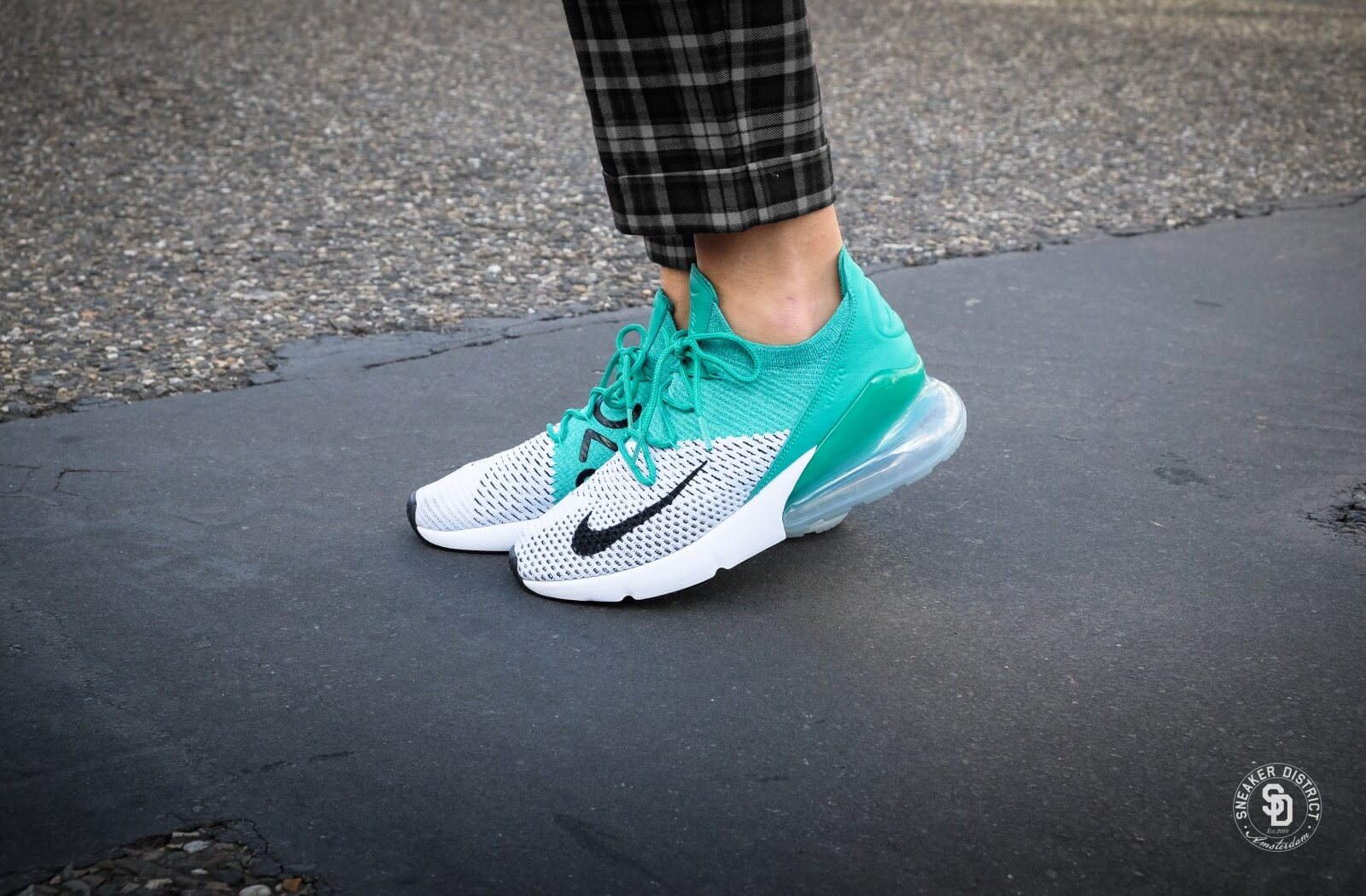 Nike Women S Air Max 270 Flyknit Clear Emerald Black White