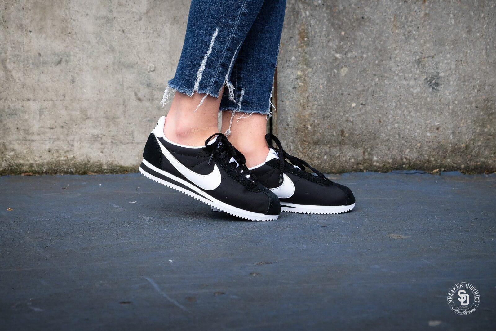 Nike Women's Classic Cortez Nylon Black