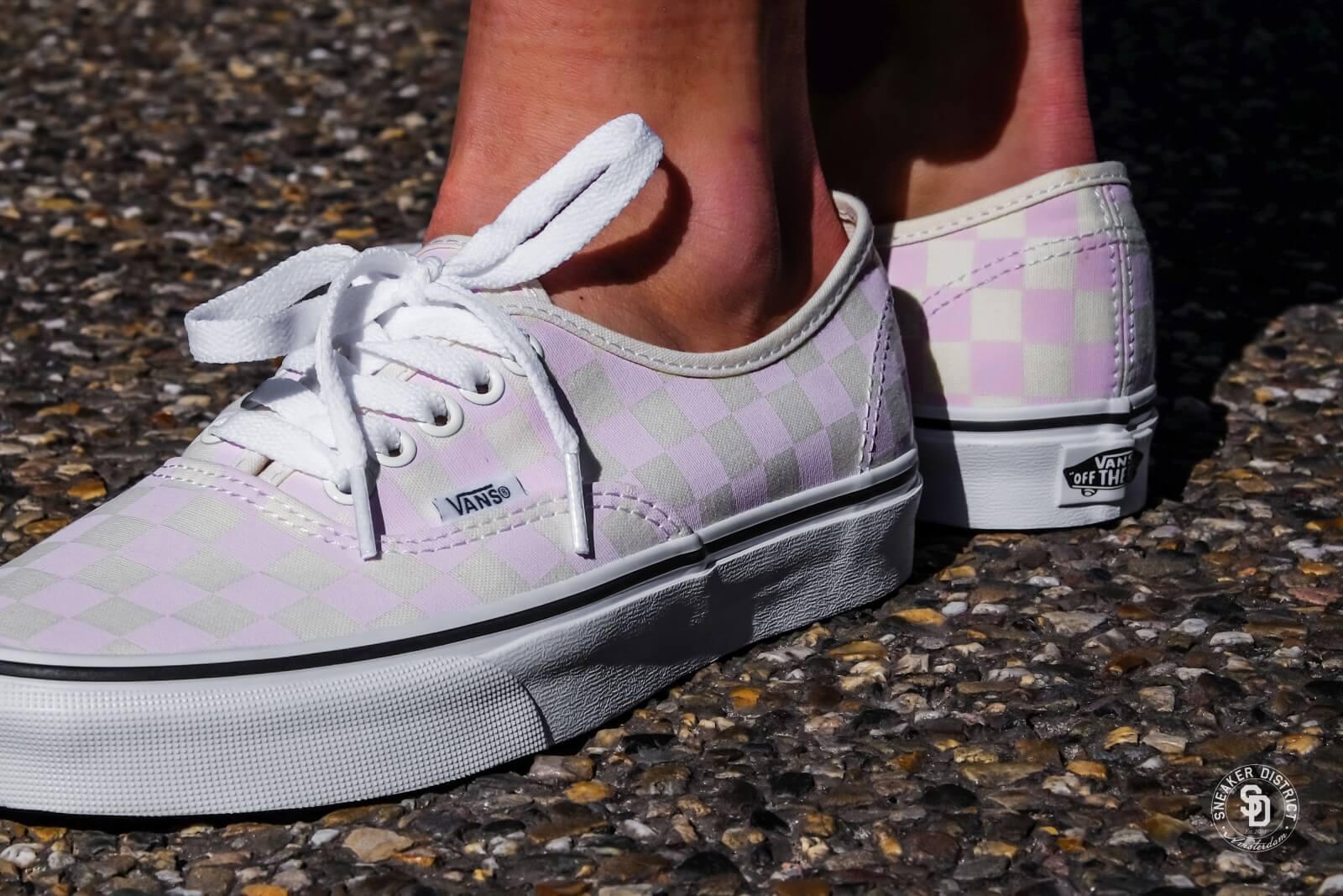 Vans Authentic Checkerboard Chalk Pink