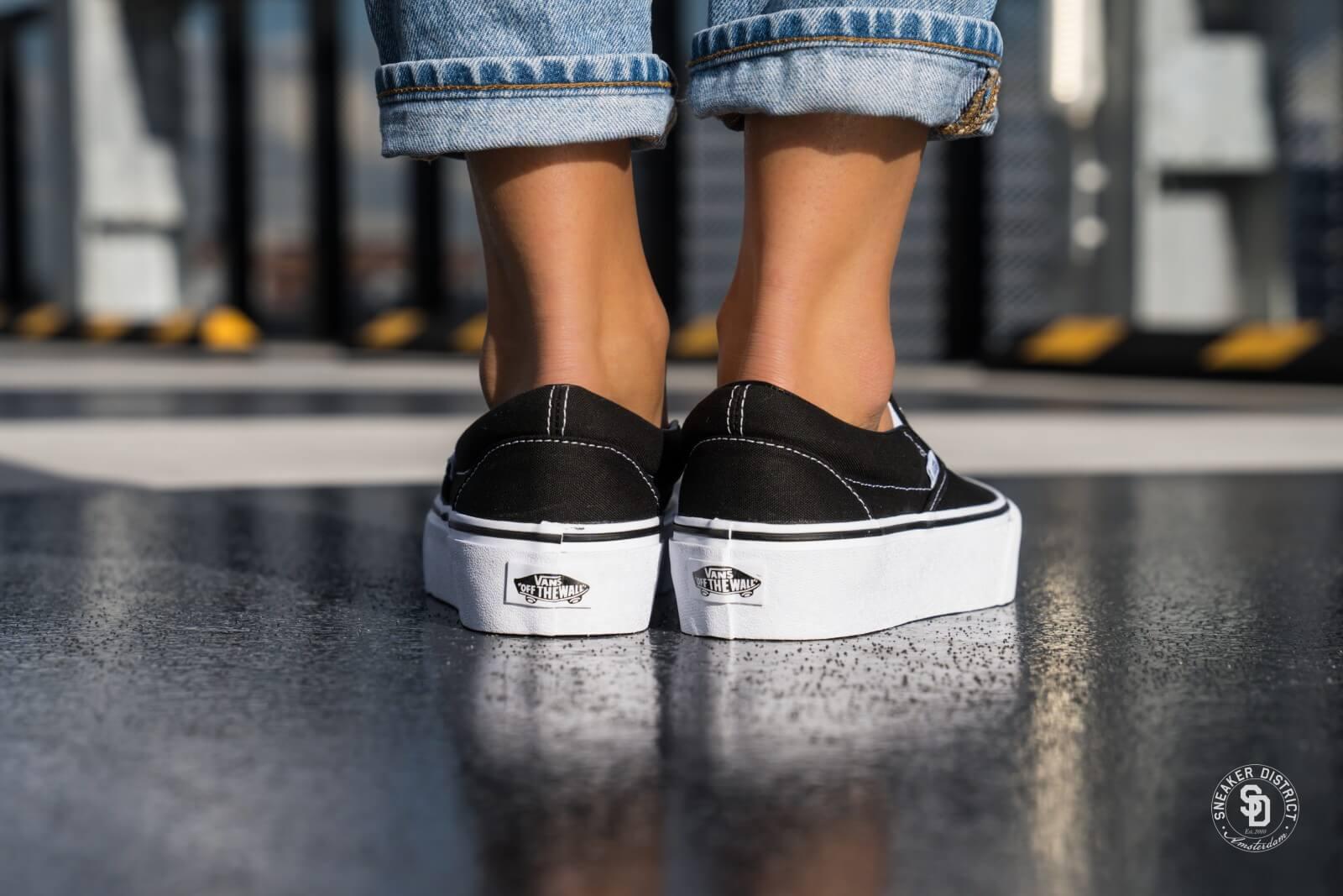 Vans Classic Slip-On Platform Black