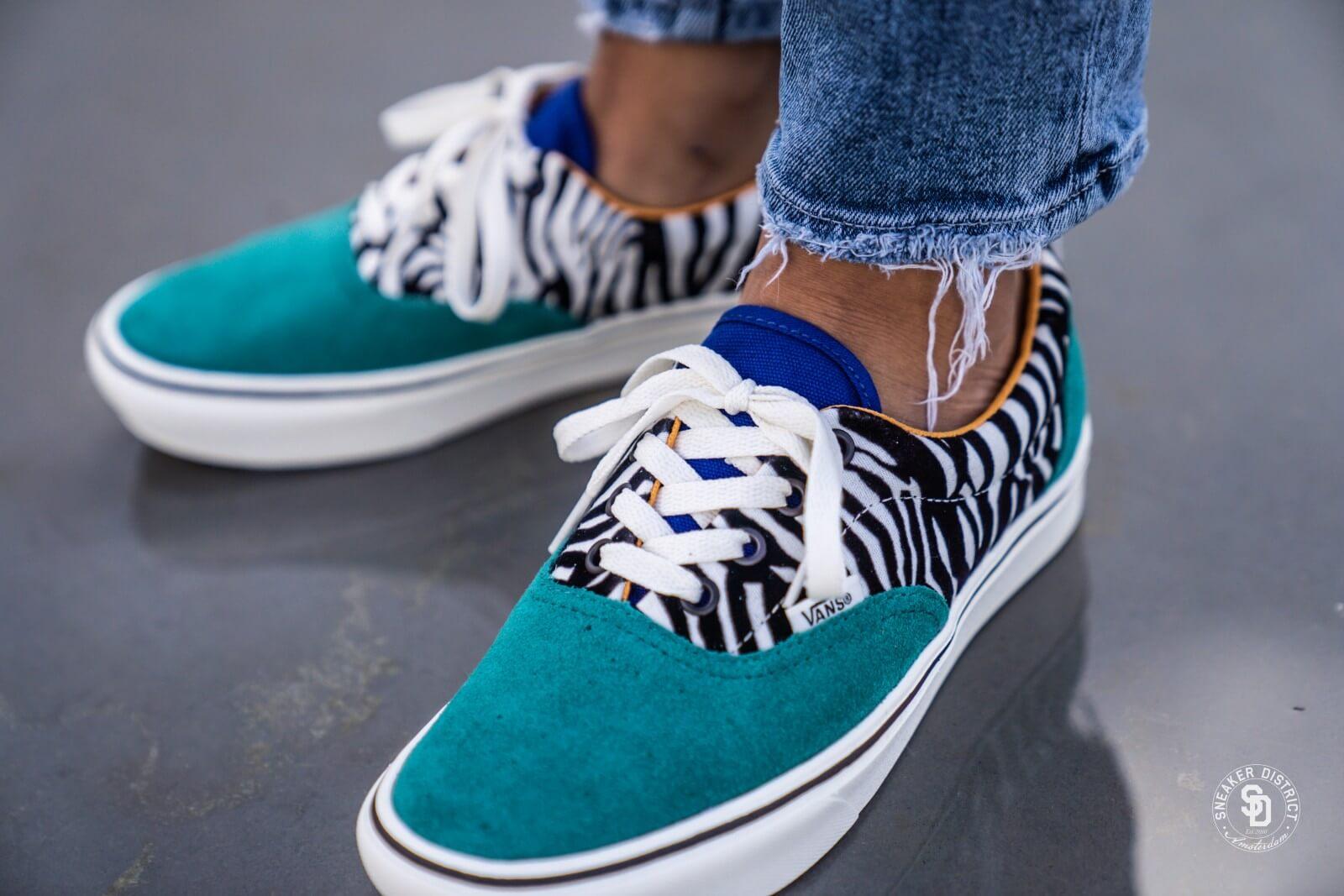 Venta > vans zebra comfycush era > en stock