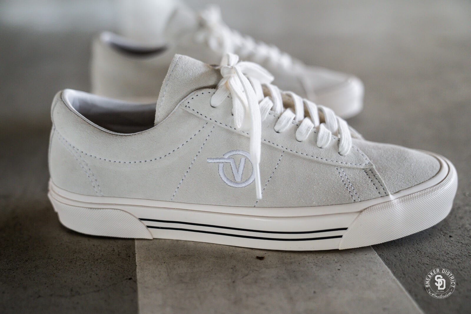 Vans Sid DX Anaheim Factory OG White