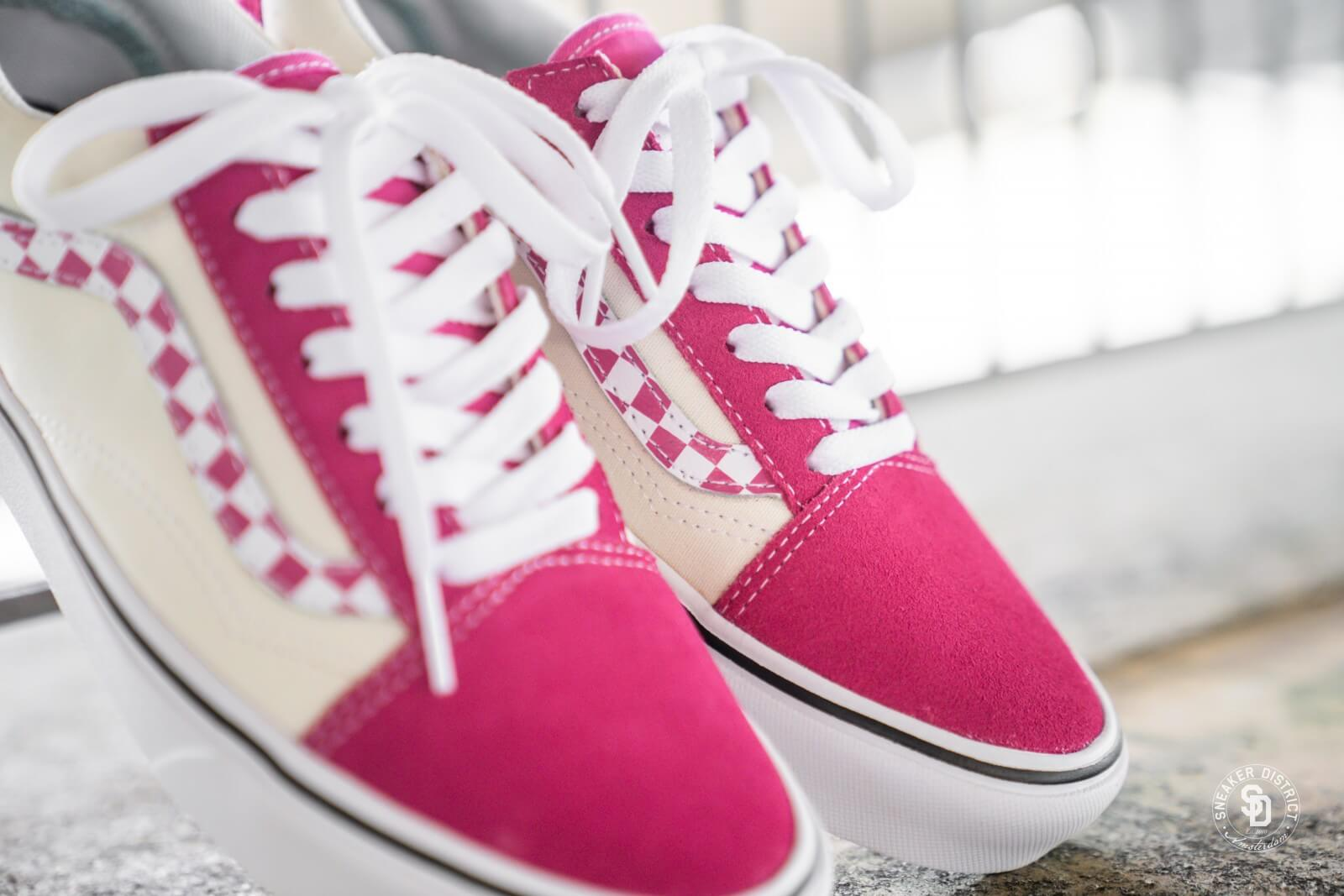 Old Skool Sidestripe Checkerboard Pink