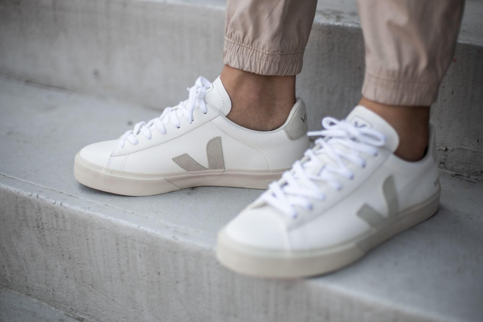 Veja Campo Chromefree Extra White